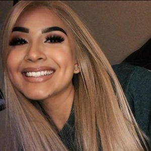 Women super Blonde wig